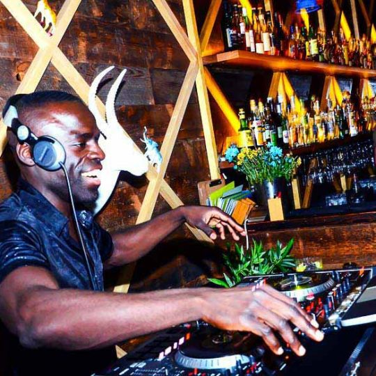 http://www.djkwenda.com.au/wp-content/uploads/2015/12/DJ-Kwenda-Melbourne-Music-Entertainment-Party-Dancing-Fun-Happy-540x540.jpg