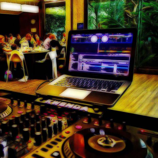 http://www.djkwenda.com.au/wp-content/uploads/2015/12/DJ-Kwenda-Setup-Booth-cartoon-540x540.jpg