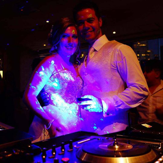 http://www.djkwenda.com.au/wp-content/uploads/2015/12/DJ-Kwenda-Wedding-Rivers-Edge-Events-Melbourne-Happy-Bride-Groom-Dancefloor-couple-540x540.jpg