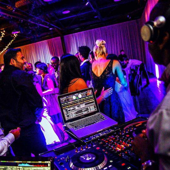 http://www.djkwenda.com.au/wp-content/uploads/2015/12/DJ-Kwenda-Wedding-Showtime-Events-Dancefloor-Music-Entertainment-540x540.jpg