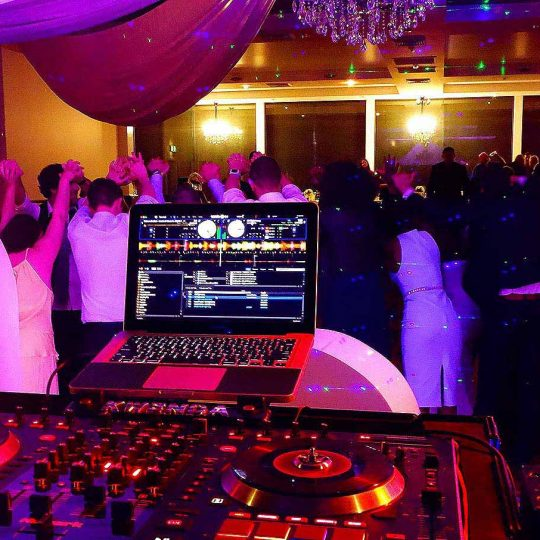 http://www.djkwenda.com.au/wp-content/uploads/2015/12/DJ-Kwenda-wedding-linley-estate-dancing-farewell-brenda-mataka-540x540.jpg