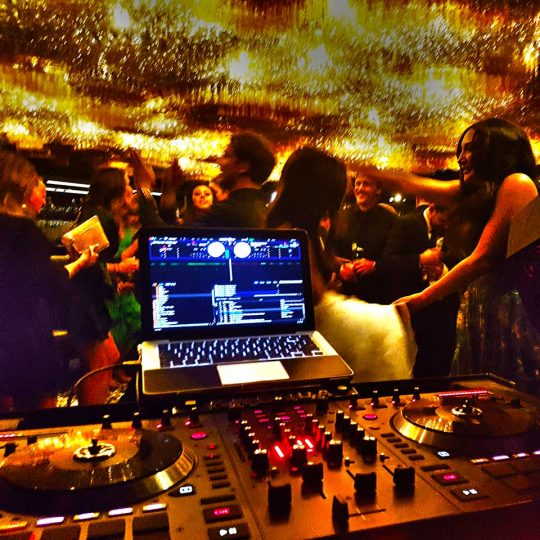 https://www.djkwenda.com.au/wp-content/uploads/2018/08/Best-wedding-DJ-Kwenda-Jackalope-guests-dancefloor-music-party-time-540x540.jpg